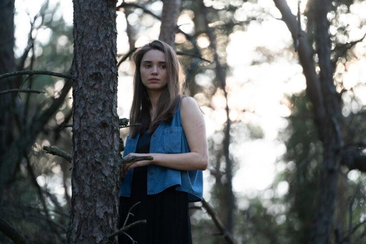 w głębi lasu serial netflix kryminał na podstawie książki harlan coben